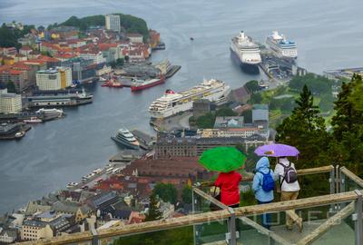 Bergin harbor in the rain.